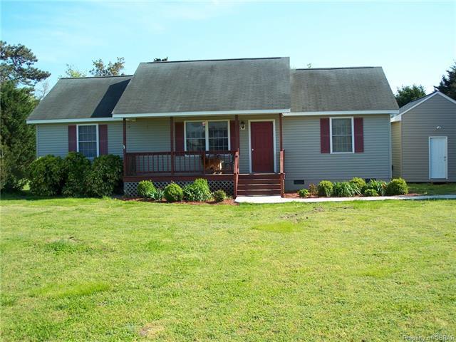 7 Persimmon, Deltaville, VA 23043 (MLS #1825726) :: Explore Realty Group