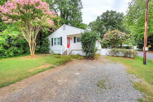 1400 Connecticut Avenue, Glen Allen, VA 23060 (MLS #1825740) :: RE/MAX Action Real Estate
