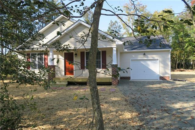 21140 Baileys Lane, South Chesterfield, VA 23803 (MLS #1825769) :: RE/MAX Commonwealth
