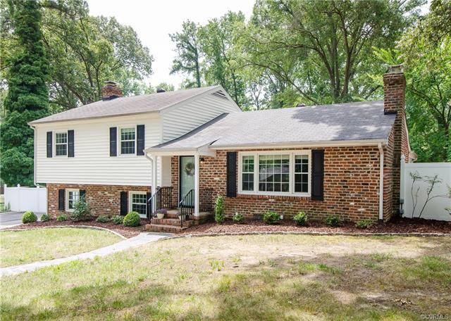 10421 Gotham Road, North Chesterfield, VA 23235 (#1825987) :: Resh Realty Group