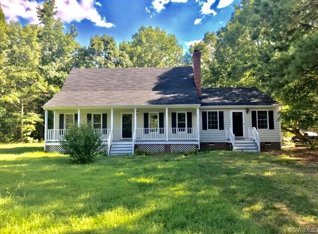 12601 Crooked Creek Drive, Chesterfield, VA 23832 (MLS #1826062) :: EXIT First Realty