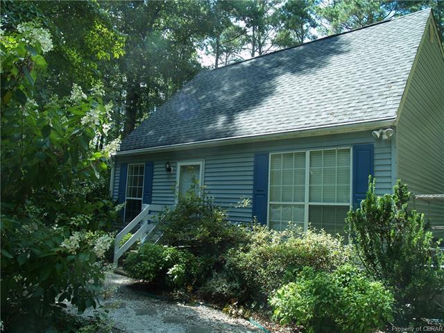 4469 Travis Run, Gloucester, VA 23061 (#1826111) :: Abbitt Realty Co.