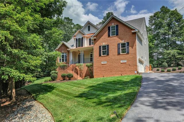 8219 Macandrew Place, Chesterfield, VA 23838 (MLS #1826147) :: Chantel Ray Real Estate