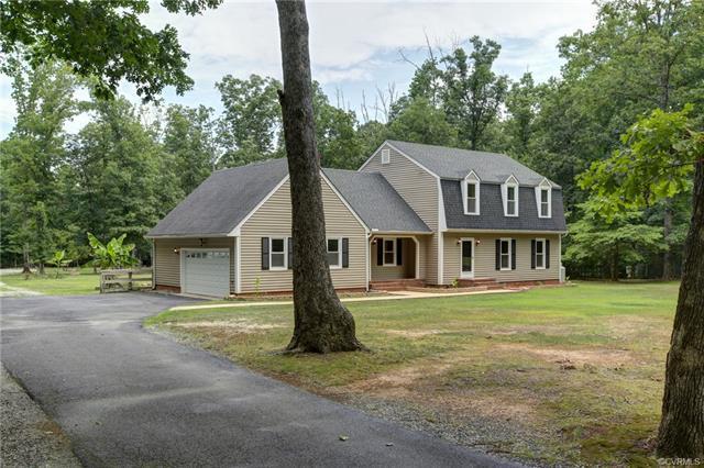 1461 King William Woods Road, Powhatan, VA 23113 (#1826221) :: Abbitt Realty Co.