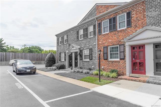 703 N Hamilton Street J, Richmond, VA 23221 (#1826415) :: Resh Realty Group