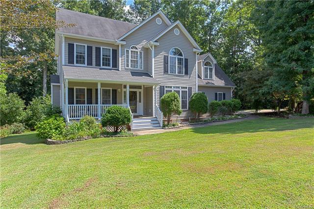 16101 Hampton Summit Drive, Chesterfield, VA 23832 (MLS #1826470) :: Explore Realty Group