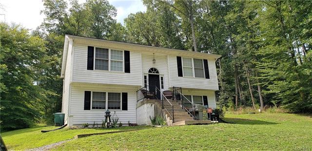 26276 Hill Road, Ruther Glen, VA 22546 (#1826485) :: Abbitt Realty Co.