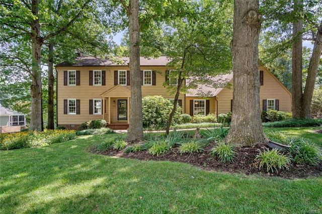 1401 Shirlton Road, Midlothian, VA 23114 (MLS #1826840) :: Chantel Ray Real Estate