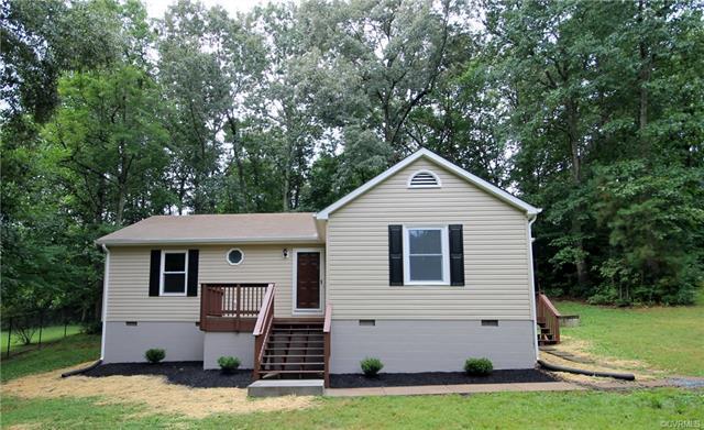 501 Freedom Drive, Ruther Glen, VA 22546 (#1826915) :: Abbitt Realty Co.