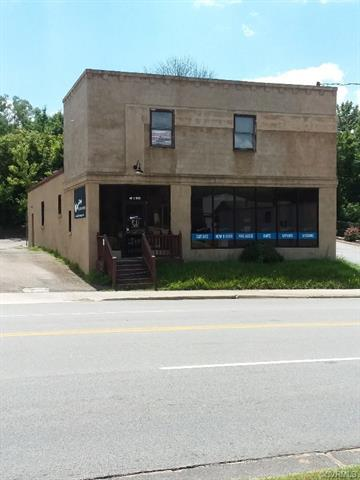 401 East Third St., Farmville, VA 23901 (MLS #1826971) :: The RVA Group Realty