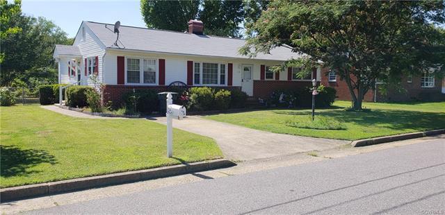 112 S Marion Avenue, Hopewell, VA 23860 (#1827384) :: Abbitt Realty Co.