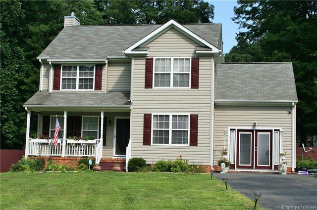 8180 Hamilton Drive, Gloucester, VA 23061 (MLS #1827395) :: Chantel Ray Real Estate