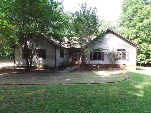 784 Merifield Drive, Clarksville, VA 23927 (#1827421) :: Abbitt Realty Co.