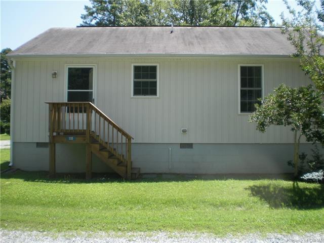 118 Lane Rd Street, Reedville, VA 22503 (#1828107) :: Abbitt Realty Co.