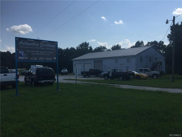 3219 Cottage, Blackstone, VA 23824 (MLS #1828450) :: The Ryan Sanford Team