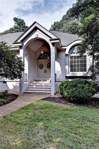 685 Fairfax Way, Williamsburg, VA 23185 (MLS #1828614) :: The RVA Group Realty