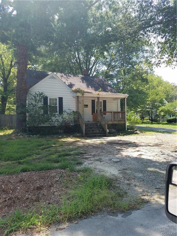 4916 Pine Crest Avenue, Richmond, VA 23225 (#1829524) :: Abbitt Realty Co.