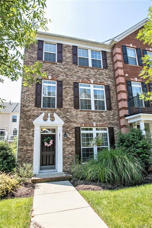 3817 Maher Manor _, Glen Allen, VA 23060 (MLS #1829678) :: Small & Associates