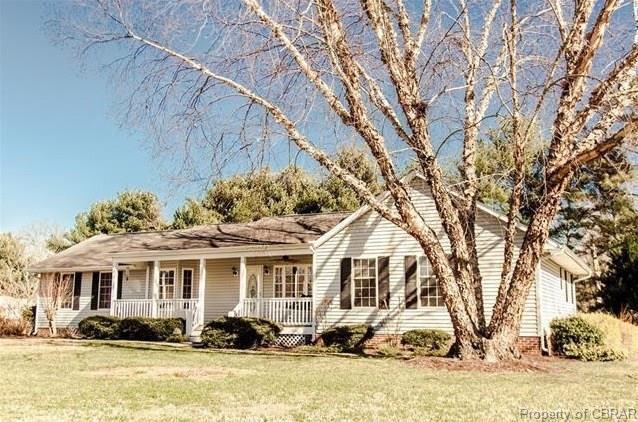 353 Cross Street, Urbanna, VA 23175 (MLS #1831170) :: RE/MAX Action Real Estate