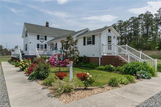 8579 Zack Road, Hayes, VA 23072 (MLS #1832484) :: RE/MAX Action Real Estate