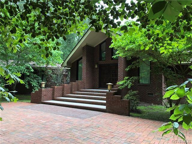 7650 Hunters Ridge Drive, Prince George, VA 23875 (#1832831) :: 757 Realty & 804 Realty