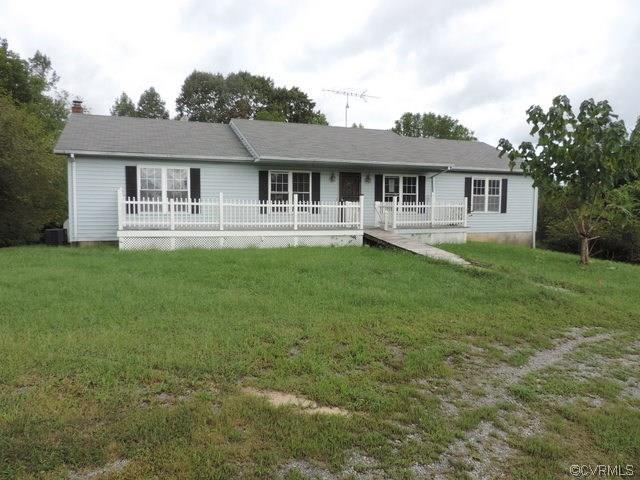 2299 Lockett Road, Rice, VA 23966 (MLS #1834037) :: Small & Associates