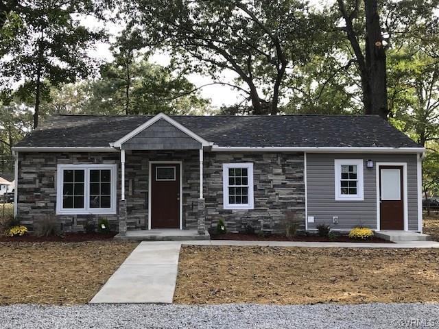 3204 Jackson Farm Road, Hopewell, VA 23860 (#1834310) :: Abbitt Realty Co.