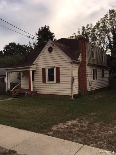 1407 Young Street, Henrico, VA 23222 (#1835846) :: Abbitt Realty Co.