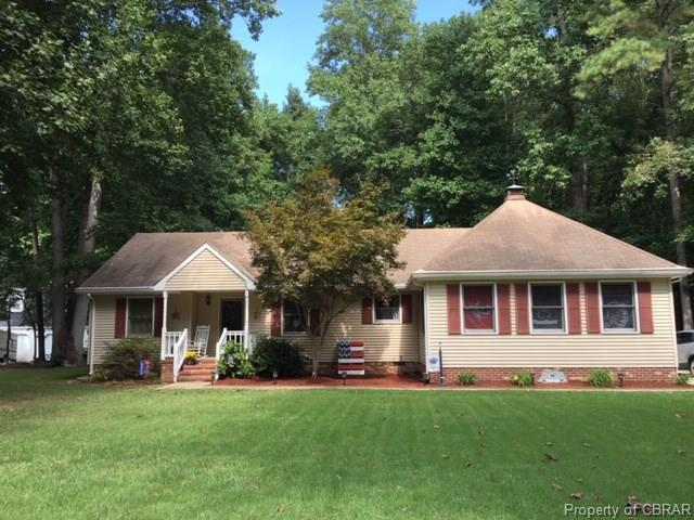 4353 Wigeon Circle, Gloucester, VA 23061 (MLS #1836696) :: Chantel Ray Real Estate
