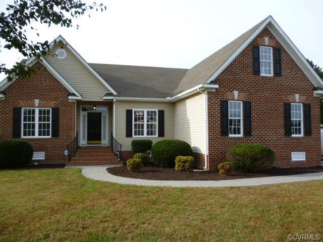 7900 Glendale Estates Drive, Henrico, VA 23231 (#1837285) :: Abbitt Realty Co.