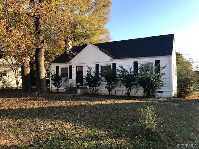 407 Willomett Avenue, Richmond, VA 23227 (#1838834) :: Abbitt Realty Co.