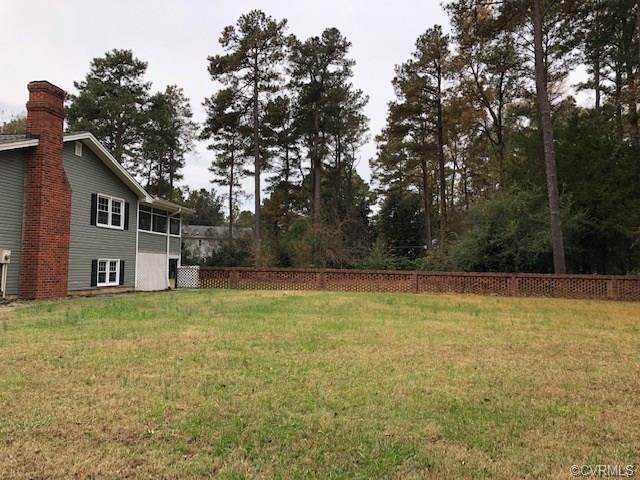 10229 Korona Drive, Mechanicsville, VA 23116 (MLS #1838909) :: Small & Associates