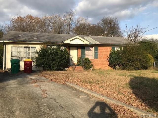 957 Hillside Drive, Petersburg, VA 23803 (#1840725) :: Abbitt Realty Co.