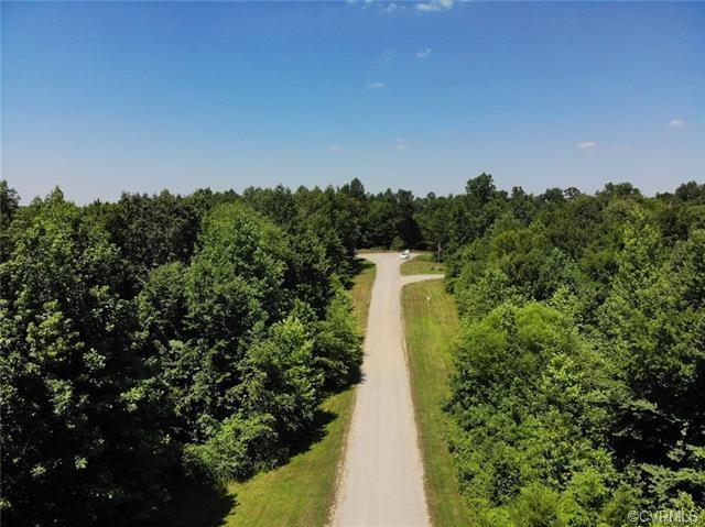 2105 Stemcreek Trail, Powhatan, VA 23139 (MLS #1841274) :: Chantel Ray Real Estate