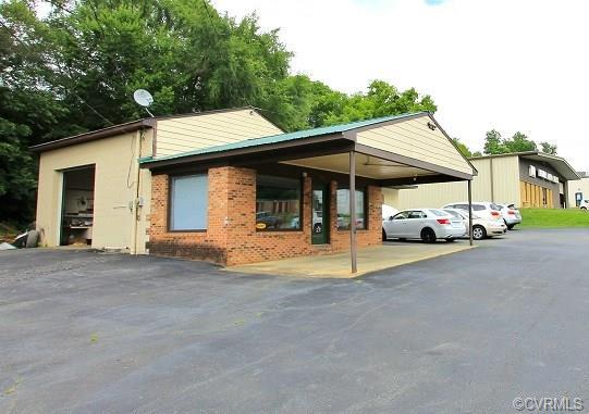 514 Third Street, Farmville, VA 23901 (MLS #1900301) :: Small & Associates
