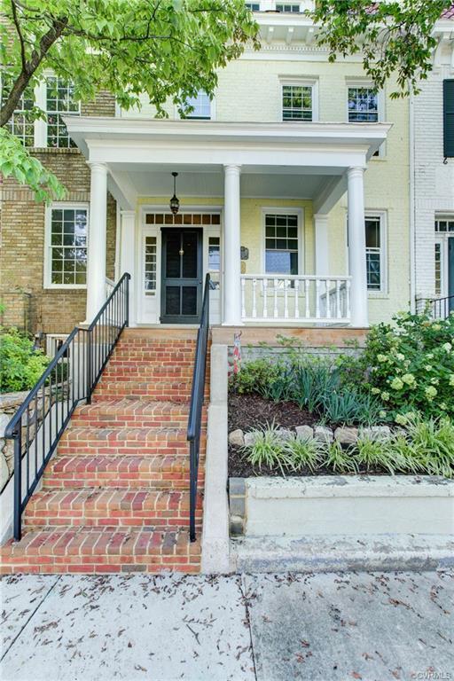 415 N Davis Avenue, Richmond, VA 23220 (MLS #1900919) :: Small & Associates