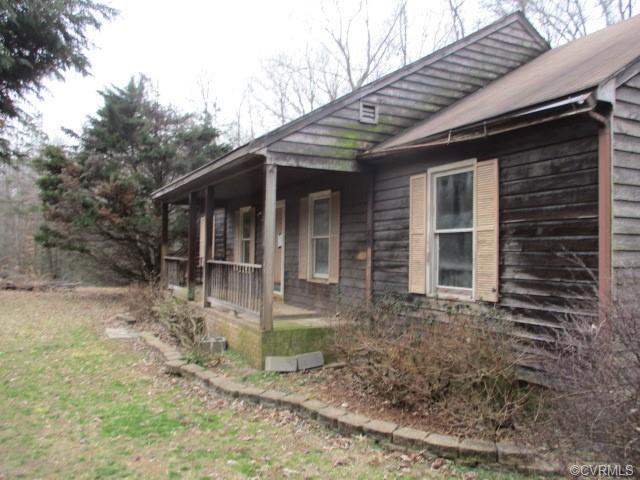 2678 Dogtown Road, Goochland, VA 23063 (MLS #1903596) :: HergGroup Richmond-Metro