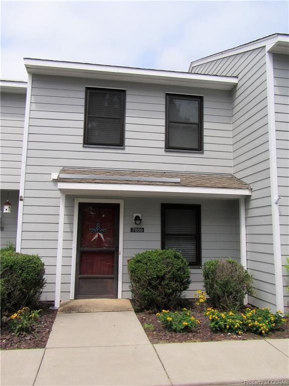 7859 Sunset Drive 4E, Gloucester, VA 23072 (MLS #1906189) :: Small & Associates