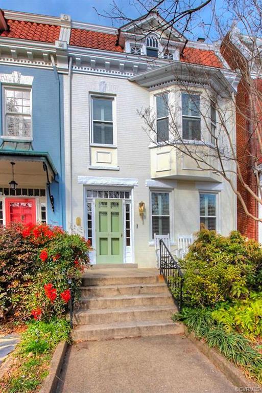 1818 Hanover Avenue, Richmond, VA 23220 (MLS #1906981) :: Small & Associates