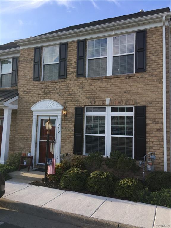 942 Kitty Hamilton Circle, Ashland, VA 23005 (#1912010) :: 757 Realty & 804 Homes