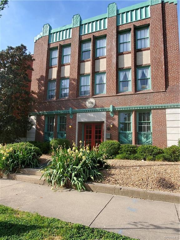 3122 Kensington Avenue #5, Richmond, VA 23221 (MLS #1914442) :: Small & Associates