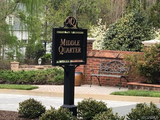 221 Middle Quarter Lane, Henrico, VA 23238 (#1916276) :: Abbitt Realty Co.