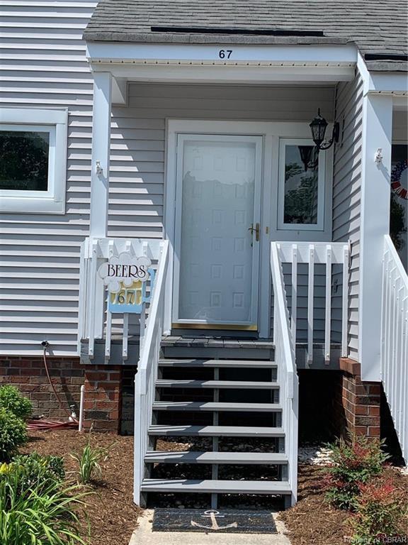 67 Island Drive, Urbanna, VA 23175 (MLS #1917539) :: The Redux Group
