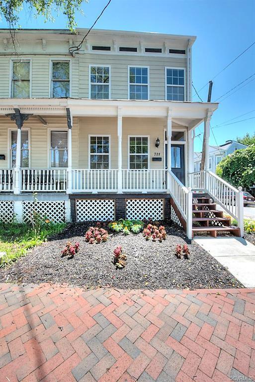 701 N 21st Street, Richmond, VA 23223 (#1919709) :: 757 Realty & 804 Homes
