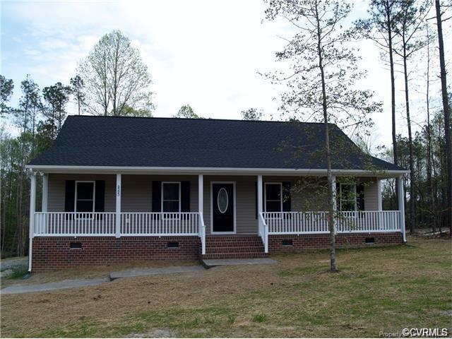 8622 Rock Cedar, New Kent, VA 23124 (MLS #1922096) :: The RVA Group Realty