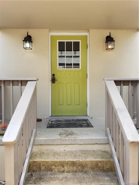 513 S Harrison Street F, Richmond, VA 23220 (MLS #1922752) :: The RVA Group Realty