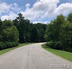 12524 Chesdin Crossing Drive, Chesterfield, VA 23838 (MLS #1928942) :: The RVA Group Realty