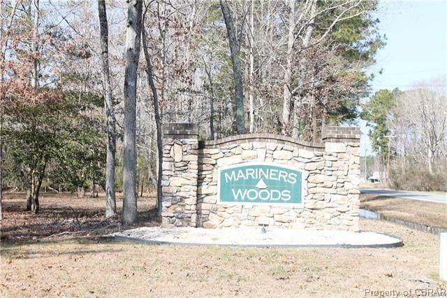4 Mariners Woods, Hartfield, VA 23071 (MLS #1933096) :: The Redux Group