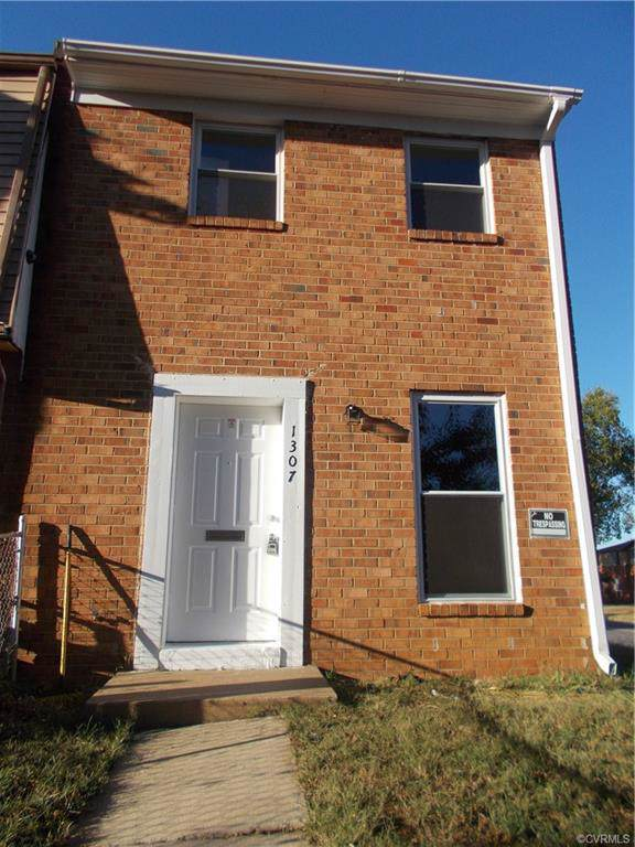 1307 Minefee Street, Richmond, VA 23224 (MLS #1933652) :: EXIT First Realty