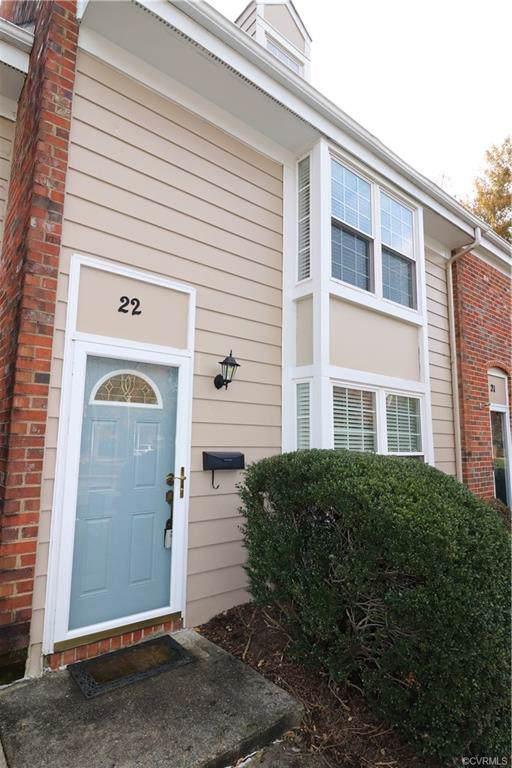 22 Skipwith Green Circle, Richmond, VA 23294 (MLS #1935689) :: EXIT First Realty